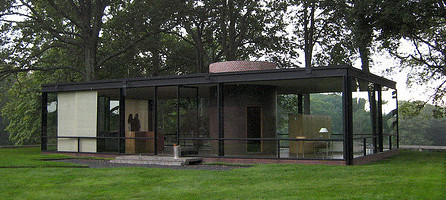 Philip Johnson's Glass House. Photo by Flicker user stewedpeas
