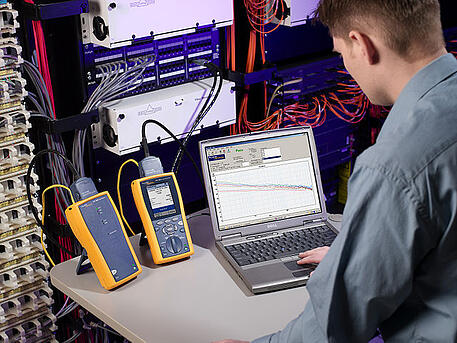 Fluke_Networks_10G_kit.jpg