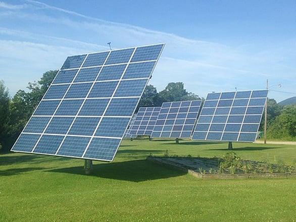 Solar_Panel_Array.jpg