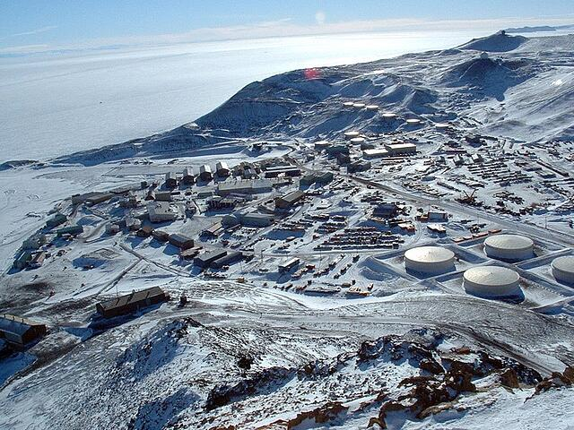 mcmurdo from ob hill.jpg