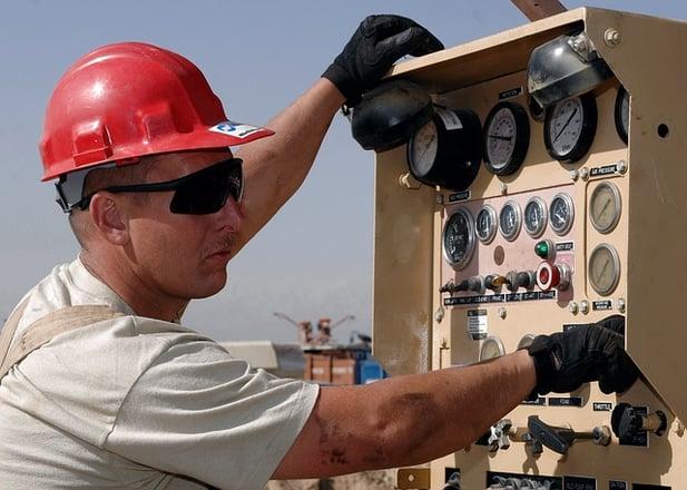 worker-659879_640.jpg